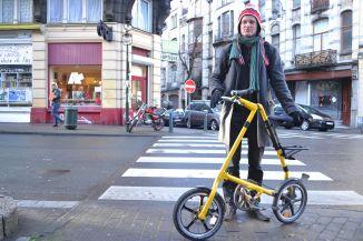 ©Barry Sandland/TIMB - A frame foldable bike