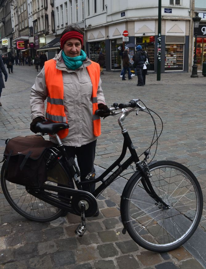 ©Barry Sandland/TIMB - Large commuter bike and rider in Brussels, Belgium