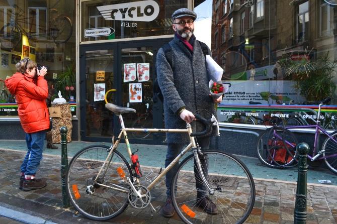 ©Barry Sandland/TIMB - Well dressed cyclist outside the Cyclo bike shop