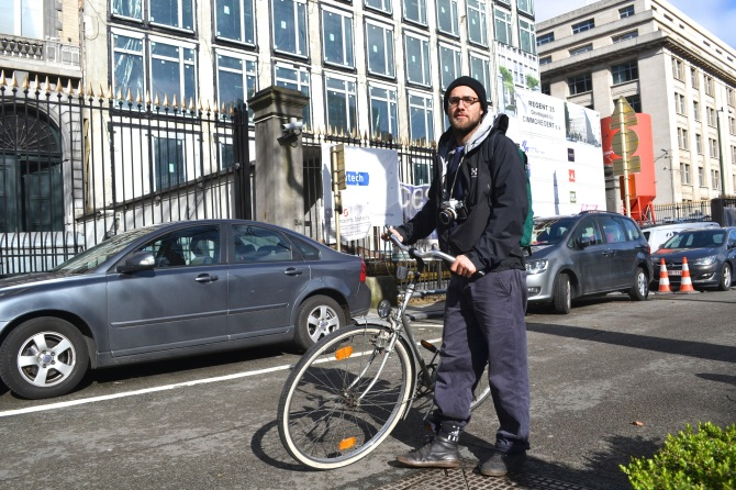 ©Barry Sandland/TIMB - Photographer on his bike in Brussels