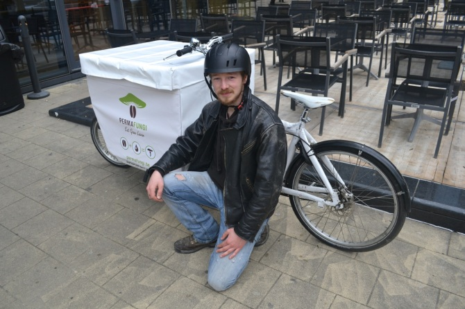 ©Barry Sandland/TIMB - Bullit cargo bike used as mushroom transporter