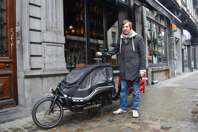 ©Barry Sandland/TIMB - Man with cargo bike for children