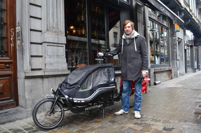 ©Barry Sandland/TIMB - Man with cargo bike for children