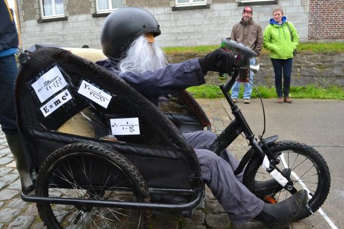 ©Barry Sandland/TIMB - Einstein and the three wheeler