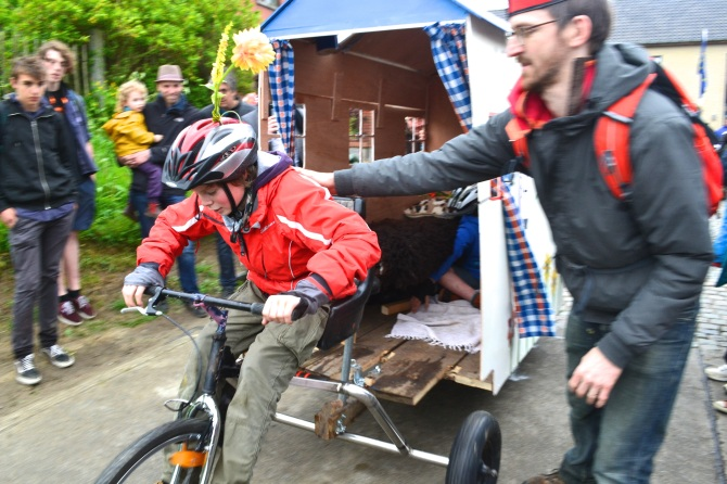 ©Barry Sandland/TIMB - Ever tried pulling a house with a bike?