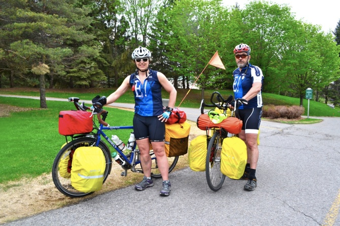 @Barry Sandland/TIMB - Two riders ona  cross-Canada expedition by bike