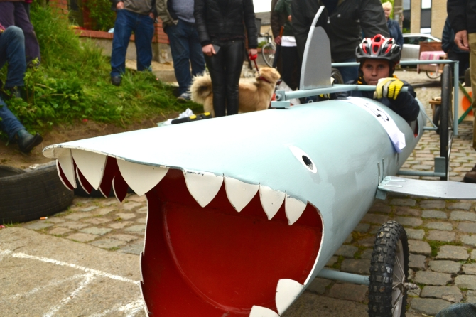 ©Barry Sandlanbd/TIMB - The Shark soapbox racer