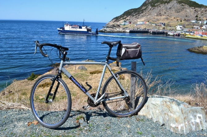 @Barry Sandland/TIMB - Bicycle at the Belle Island ferry