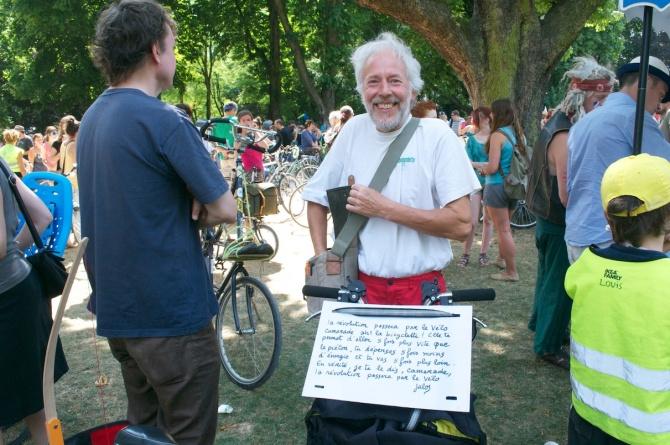 ©Barry Sandland/TIMB - Rider with lyrics from Julos Beaucarne song