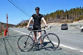 @Barry Sandland/TIMB - Cyclists with his Cannondale bike in Newfoundland