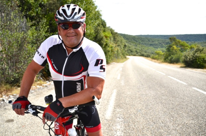 ©Barry Sandland/TIMB - Dutch cyclist on the Gorge d'Ardeche