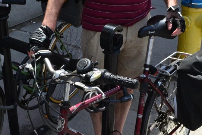 ©Garry Sandland/TIMB - City rider with his Norco bike