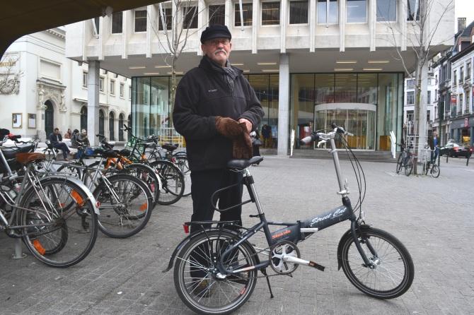 ©Barry Sandland/TIMB - Retired man on Stokvis foldable bike