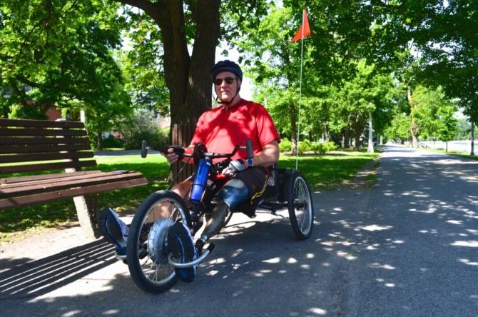 ©Barry Sandland/TIMB - Hand-powered bike for para-cyclist