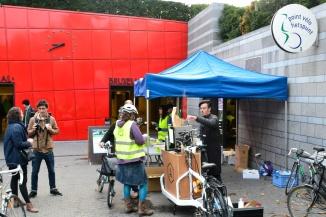 ©Barry Sandland/TIMB - GRACQ/Fietsersbond free breakfast at Gare Centrale in Brussels