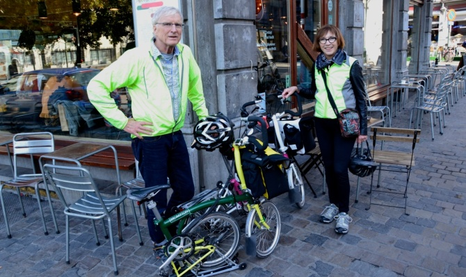 ©Barry Sandland/TIMB - Two Brompton cyclists with their bikes in Brussels