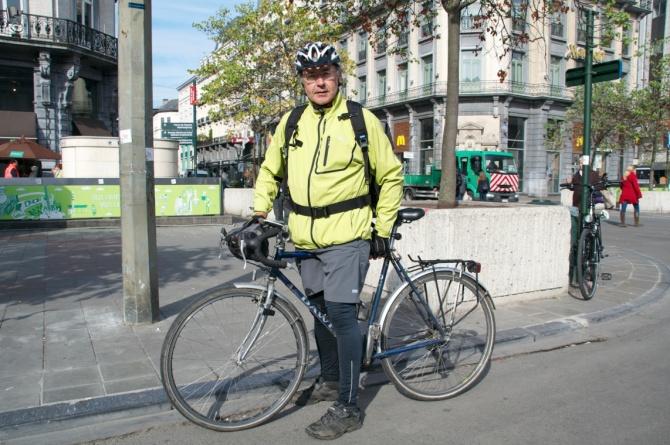 ©Barry Sandland/TIMB - Cyclist with Dawes bike in Brussels