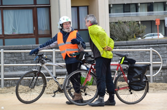 ©Barry Sandland/TIMB - Two men and their bikes at the Ostend climate march