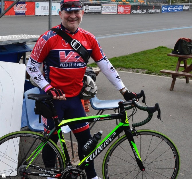 ©Barry Sandland/TIMB - Cycling coach on the Herne Hill velodrome