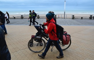 ©Barry Sandland/TIMB - Woman marching in Ostend to protest climate warming