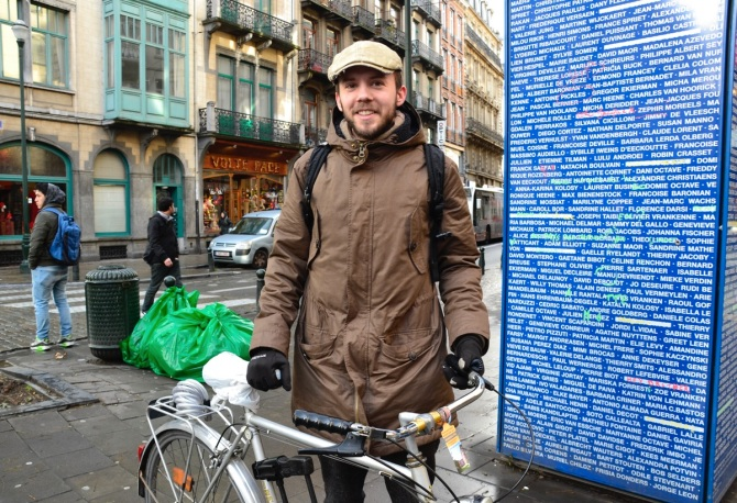 ©Barry Sandland/TIMB - Man w vintage bicycle in Brussels