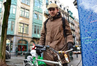 ©Barry Sandland/TIMB - Man w vintage bike in Brussels