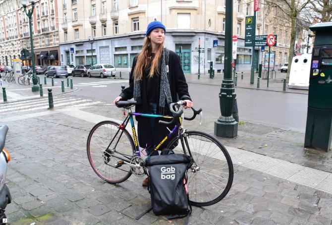 ©Barry Sandland/TIMB - Woman w bike and her new messenger bag