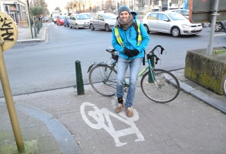 ©Barry Sandland/TIMB - ProVelo rider after the intersection cyclists winter count