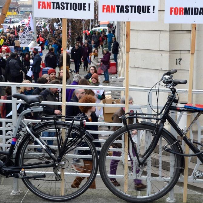 ©Barry Sanbdland/TIMB - Bikes at the Une Autre Chose march