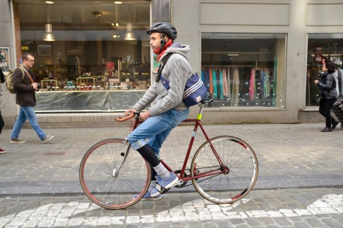 ©Barry Sandland/TIMB - Rider with fixed bike in Brussels