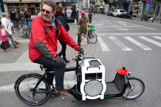 ©Barry Sandland/TYIMB - Union representative on his Bullitt cargo bike