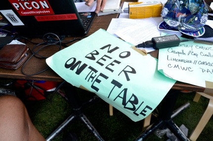 No beer on Table warning at the registration section of the 2016 Cycle Messenger World Championships in Paris.
