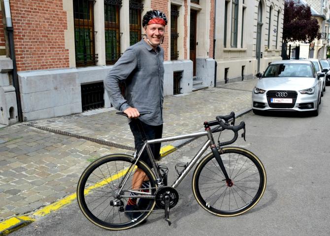 ©Barry Sandland/TIMB - Strava photographer Antton Miettinen with his Pretorius bicycle in Brussels