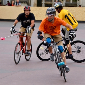 © Barry Sandland/TIMB - Teams chasing the ball in bike polo
