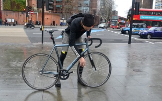 ©Barry Sandland/TIMB - Lithuanian courier returning to London streets with his Dolan track frame