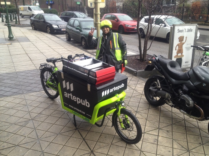 ©Barry Sandland/TIMB - Cargo bike service rider in Brussels
