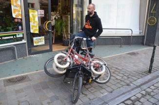 ©Barry Sandland/TIMB - Cargo bike laden w children''s bikes