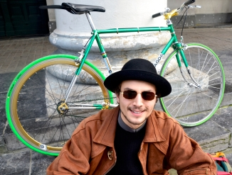 ©Barry Sandland/TIMB - Rider with his custom part fixie