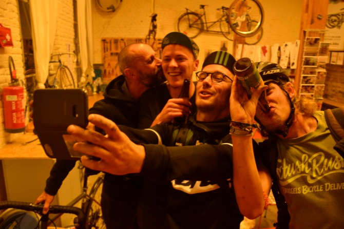 ©Barry Sandland/TIMB - One last image taken from Tandem Café w owners, mechanics and supporters posing for a selfie